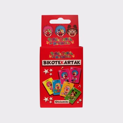 La baraja de Bikoteka Kartak Pirritx eta Porrotx, la completan una serie de 15 cartas y la carta BURUEZURRA.  En las dos cartas que forman pareja, aparece el mismo personaje en actitudes diferentes. Pueden jugar de 2 a 6 jugadores. Una vez repartidas todas las cartas, cada jugador mostrará sobre la mesa las parejas completadas. Después, por turnos, cada jugador le ofrecerá sus cartas al jugador de al lado, mostrando la parte posterior de las cartas. Éste elegirá una, y si forma pareja con alguna de sus cartas, la mostrará. El primero en quedarse sin cartas será el ganador, y el que tenga la carta BURUEZURRA perderá la partida.  Otra modalidad de juego es el de MEMORIA.